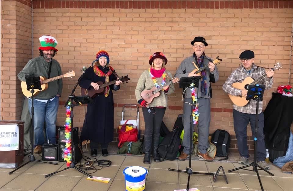 Carmarthen Ukulele's Busk for LLMF